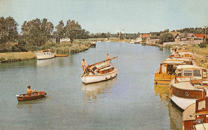 The River Waveney at St. Olaves 1960s