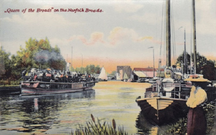 The Queen of the BRoads at Wroxham c1910